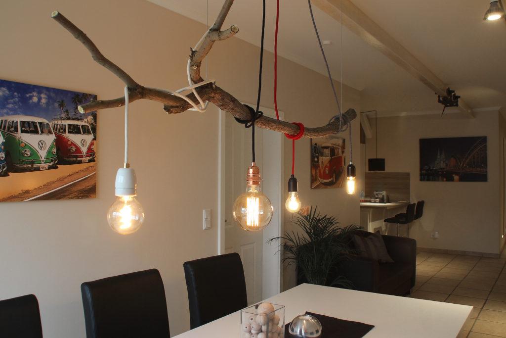 deckenlampe selber machen elegant die klebestifte machen sich danach ganz wunderbar auf den der. Black Bedroom Furniture Sets. Home Design Ideas