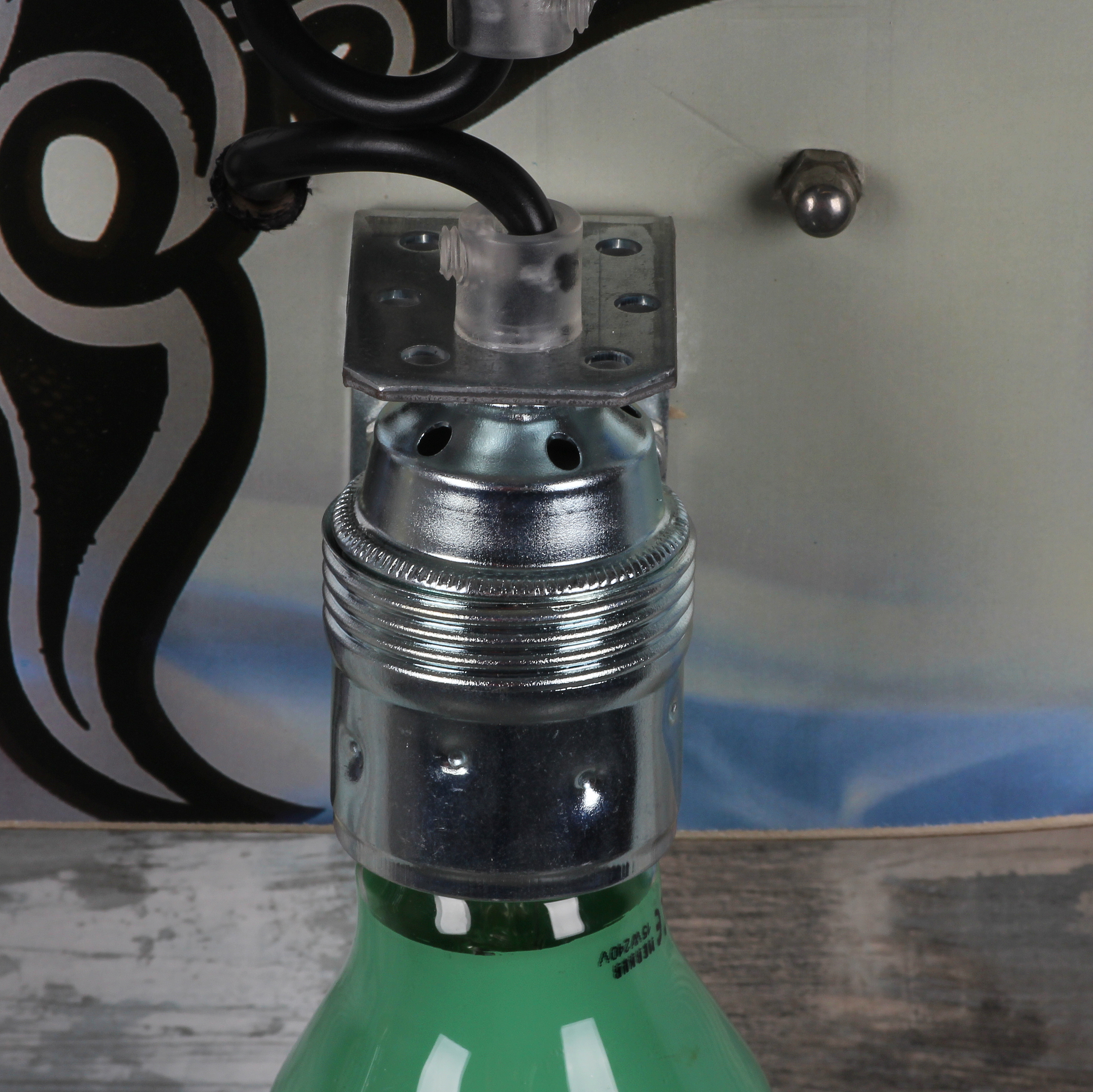 skatebard lampe selber bauen mit e27 fassung und zugentlaster 1 radio k lsch hamburg. Black Bedroom Furniture Sets. Home Design Ideas